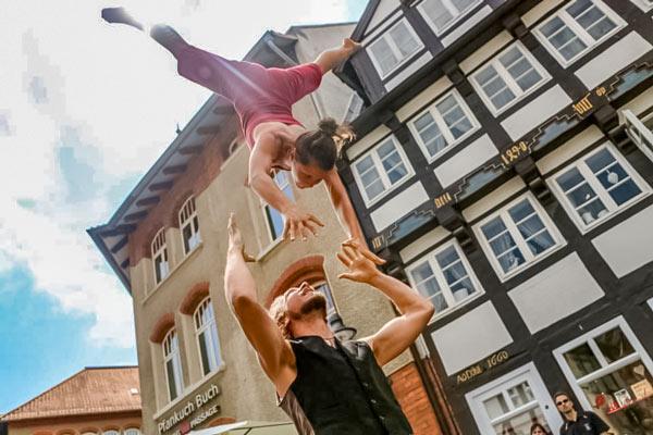 The FourString Company-Akrobatik